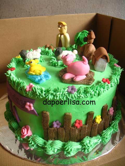 Kue Shaun The Sheep ini dipesan oleh Mbak Etta di Pondok Cabe. Kuenya